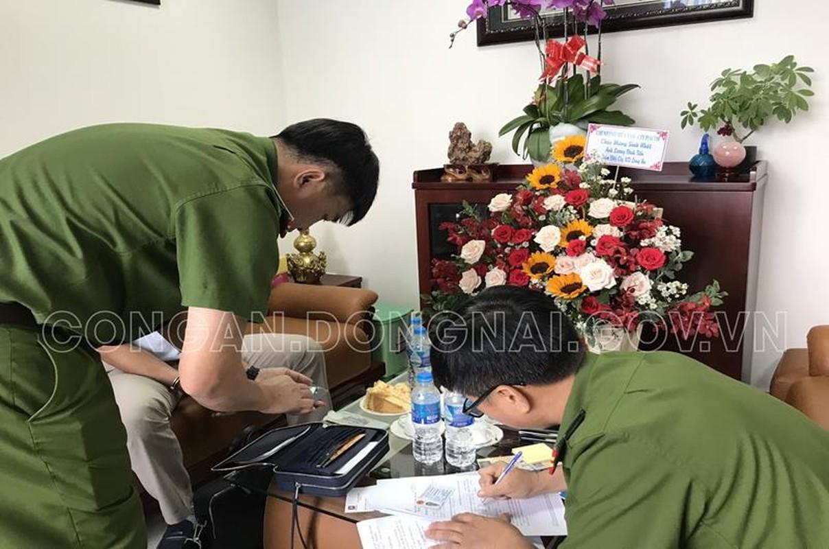 Vu xang gia Dong Nai: Bat tam giam mot lanh dao Petrolimex Long An-Hinh-6