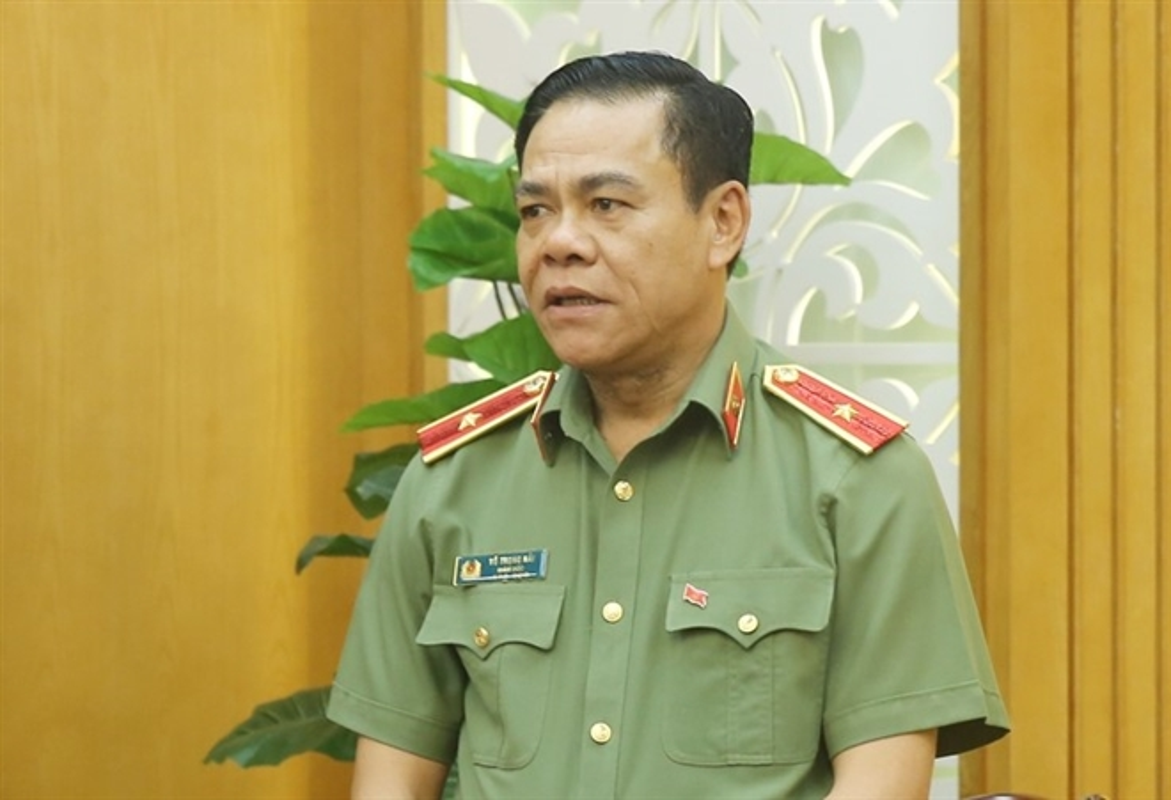 Thieu tuong Vo Trong Hai duoc bau giu chuc Chu tich UBND tinh Ha Tinh-Hinh-7