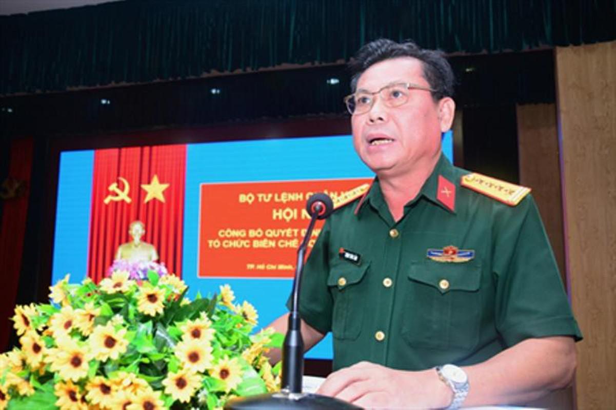 Chu tich nuoc Nguyen Xuan Phuc ung cu dai bieu Quoc hoi tai TPHCM-Hinh-6