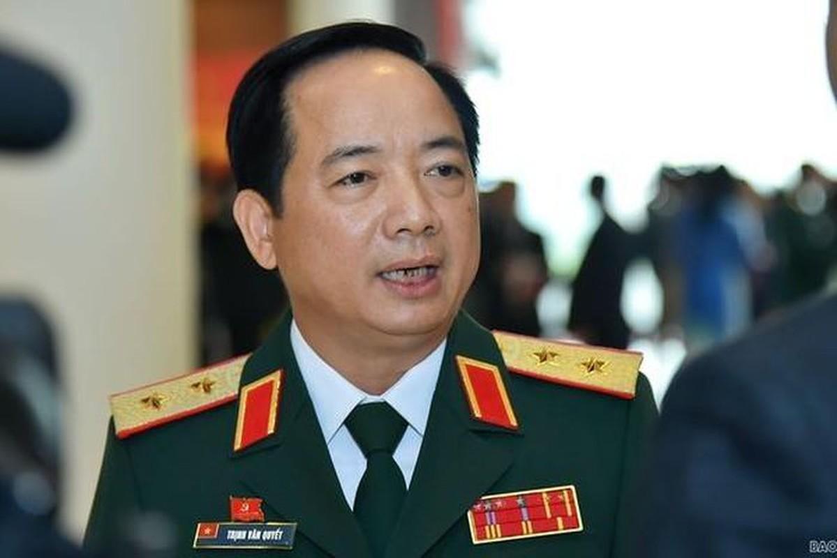 Chan dung tan Pho Chu nhiem Tong cuc Chinh tri QDND Viet Nam-Hinh-4