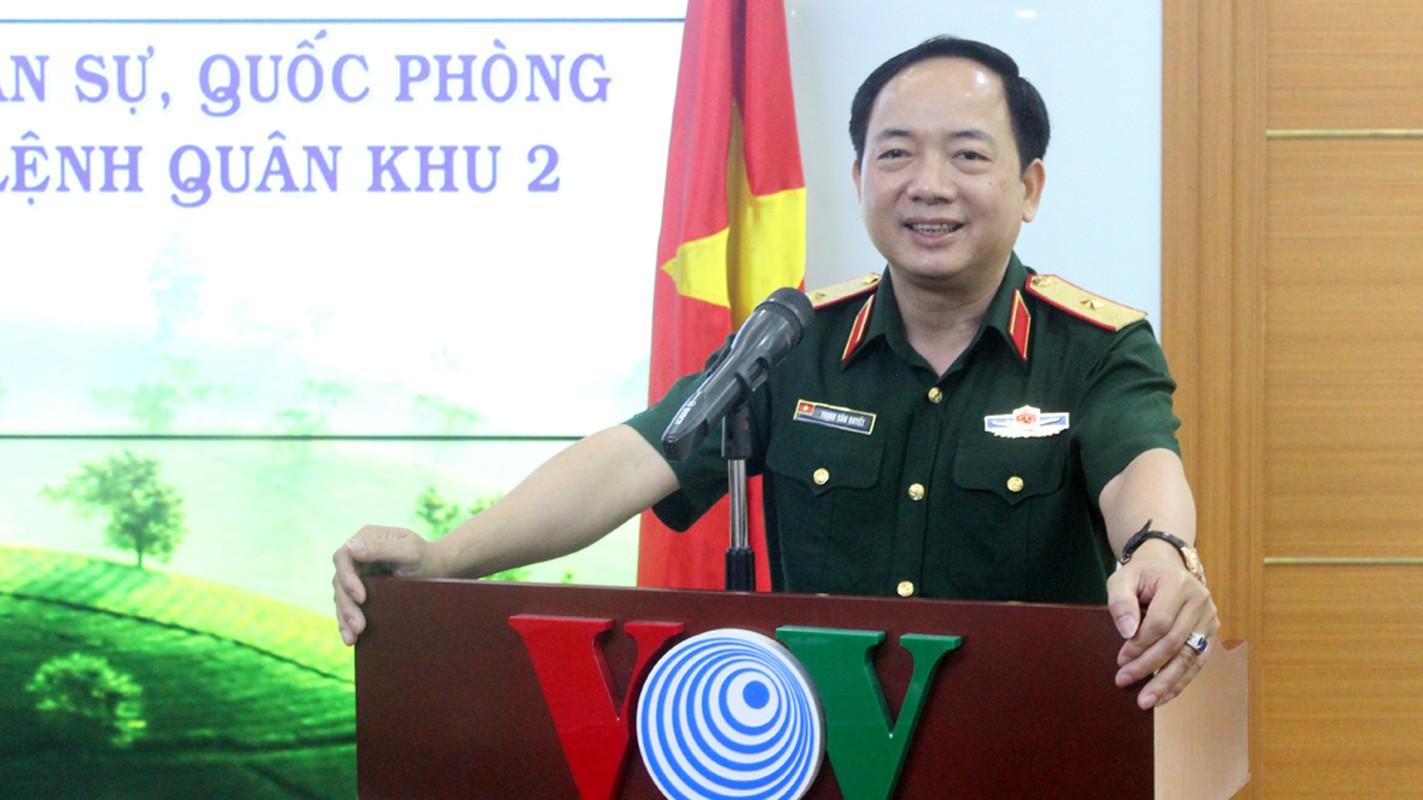 Chan dung tan Pho Chu nhiem Tong cuc Chinh tri QDND Viet Nam-Hinh-5