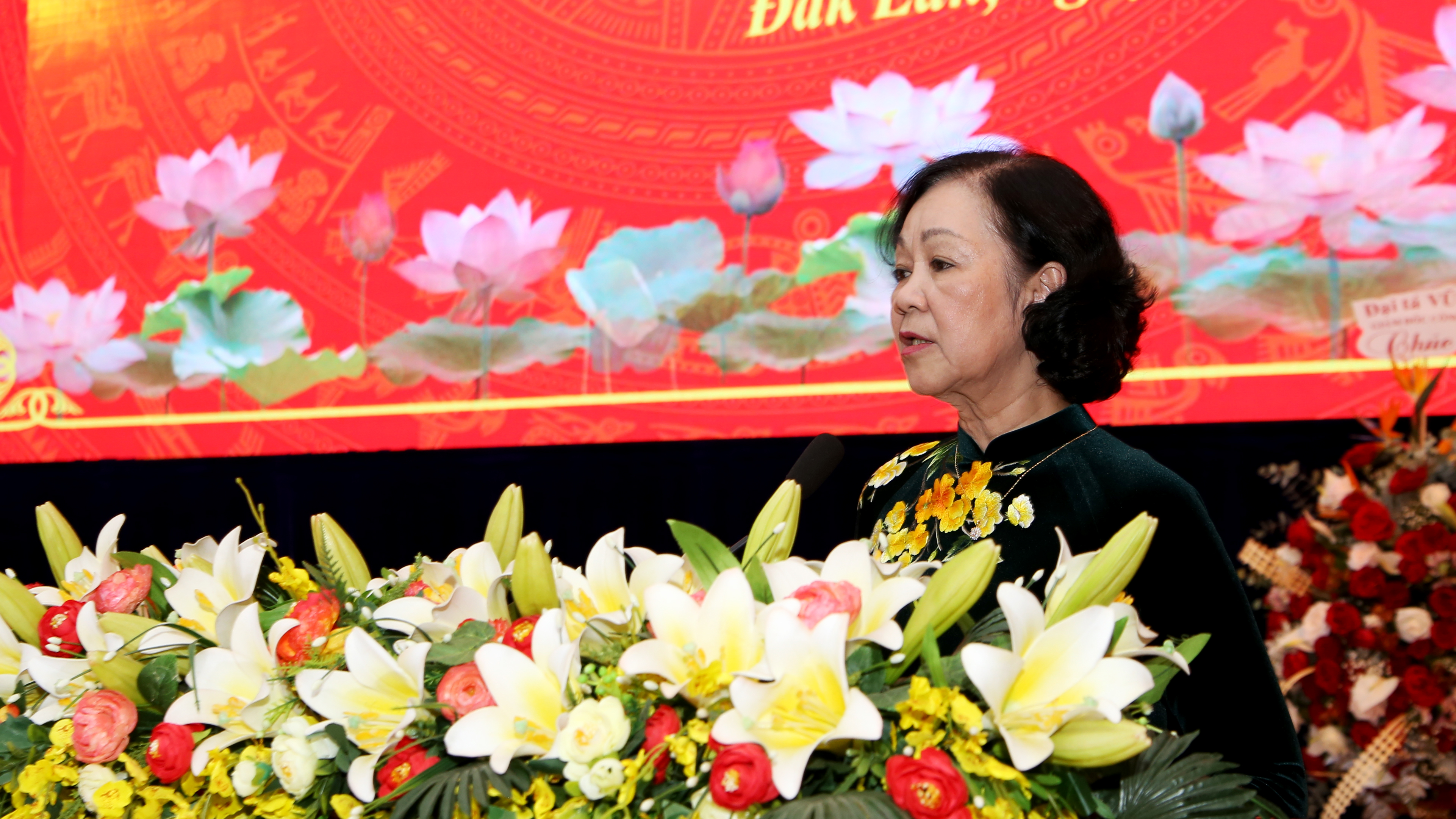 Chan dung tan Bi thu Tinh uy Dak Lak Nguyen Dinh Trung-Hinh-2