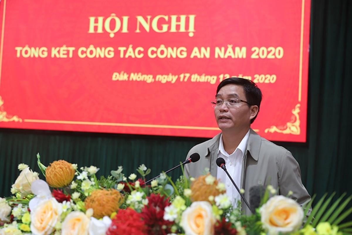 Chan dung tan Bi thu Tinh uy Dak Lak Nguyen Dinh Trung-Hinh-5