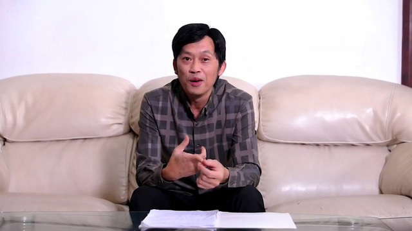 "Nghe si Hoai Linh ""ngam"" 14 ty tien cuu tro va loat lum xum tu thien"