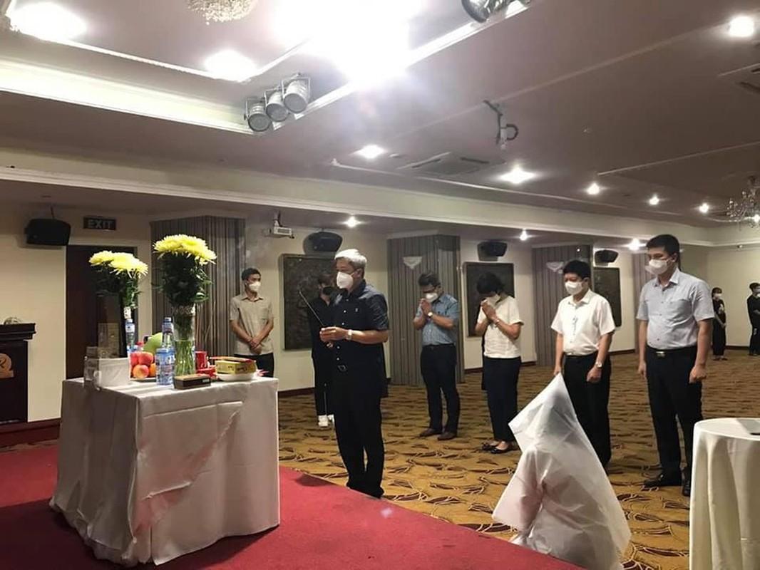 Nu sinh Hai Duong khong the ve chiu tang bo vi dang chong dich tai TP HCM-Hinh-4