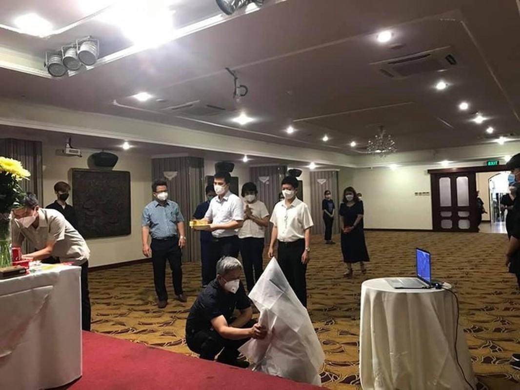 Nu sinh Hai Duong khong the ve chiu tang bo vi dang chong dich tai TP HCM-Hinh-5