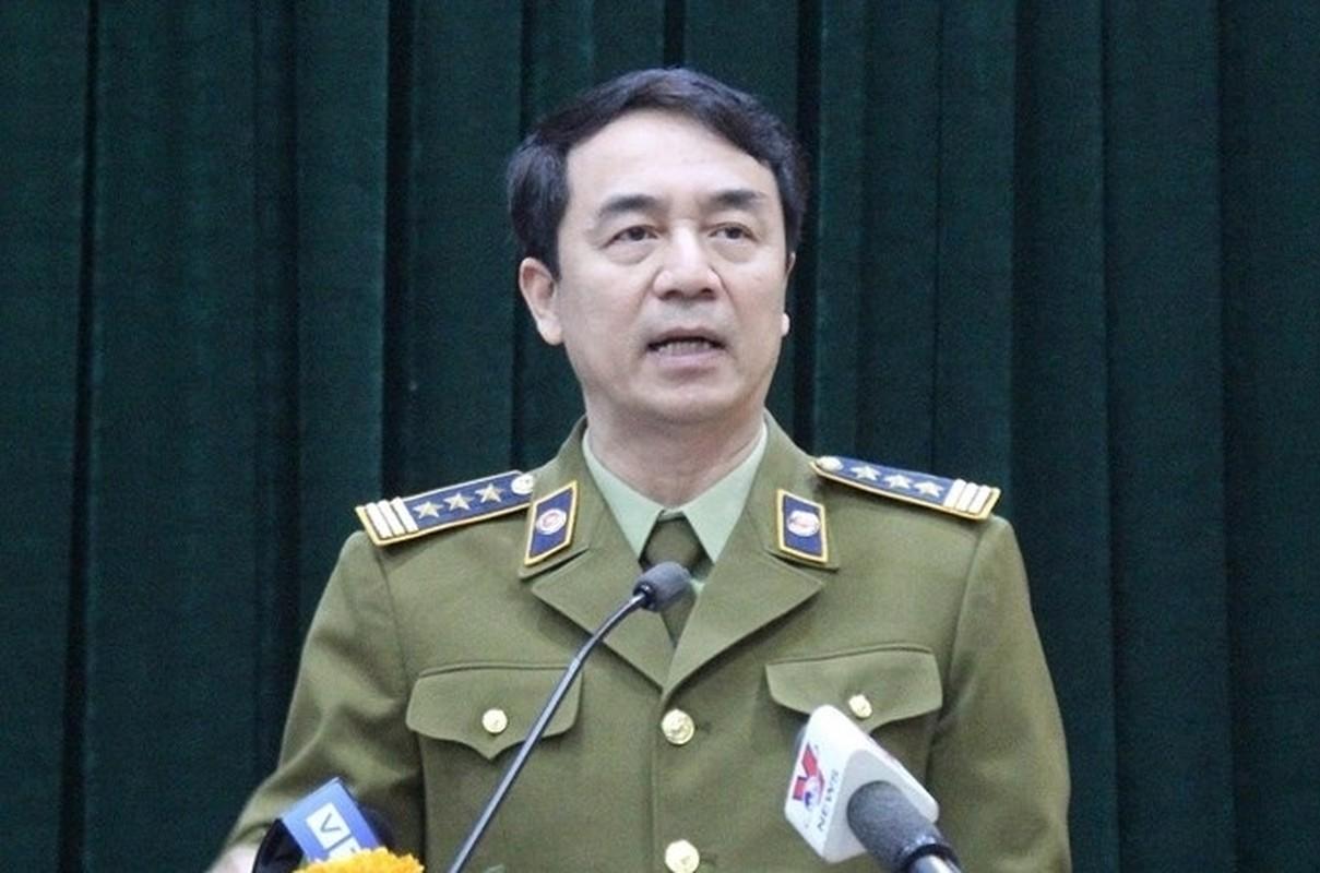 Truoc khi bi khoi to, bat giam, ong Tran Hung noi gi vu SGK gia?