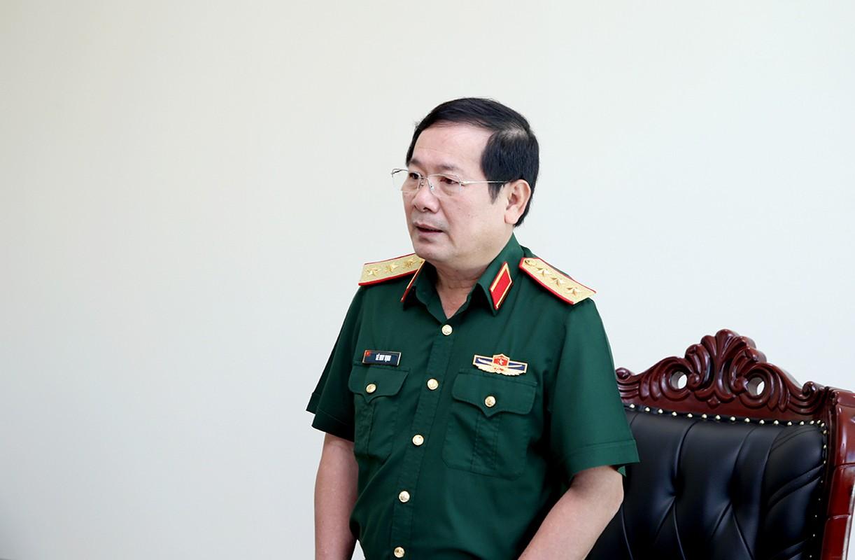 5 Thu truong Bo Quoc phong nhan Huan chuong Bao ve To quoc-Hinh-4