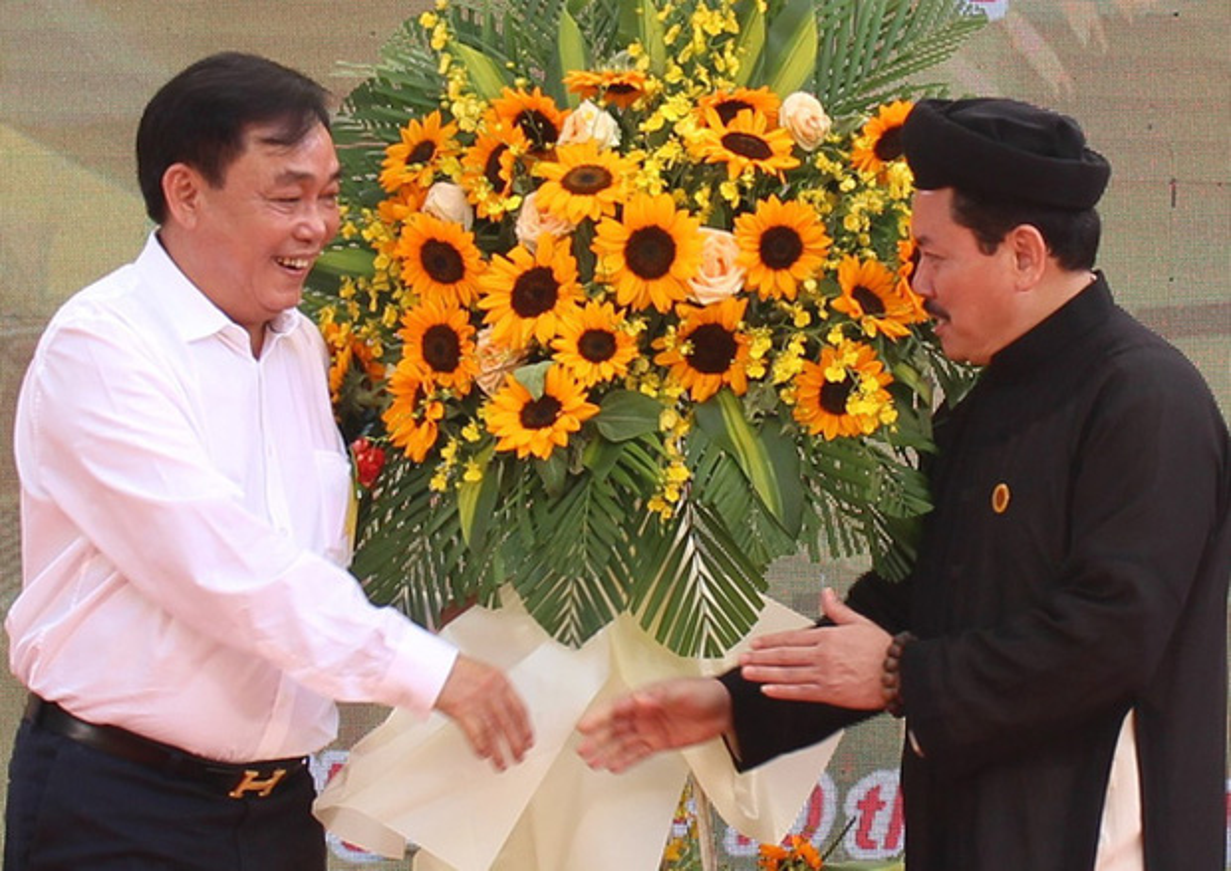 Ba Phuong Hang to Vo Hoang Yen lua dao: Dieu tra lai... co khoi to?-Hinh-2
