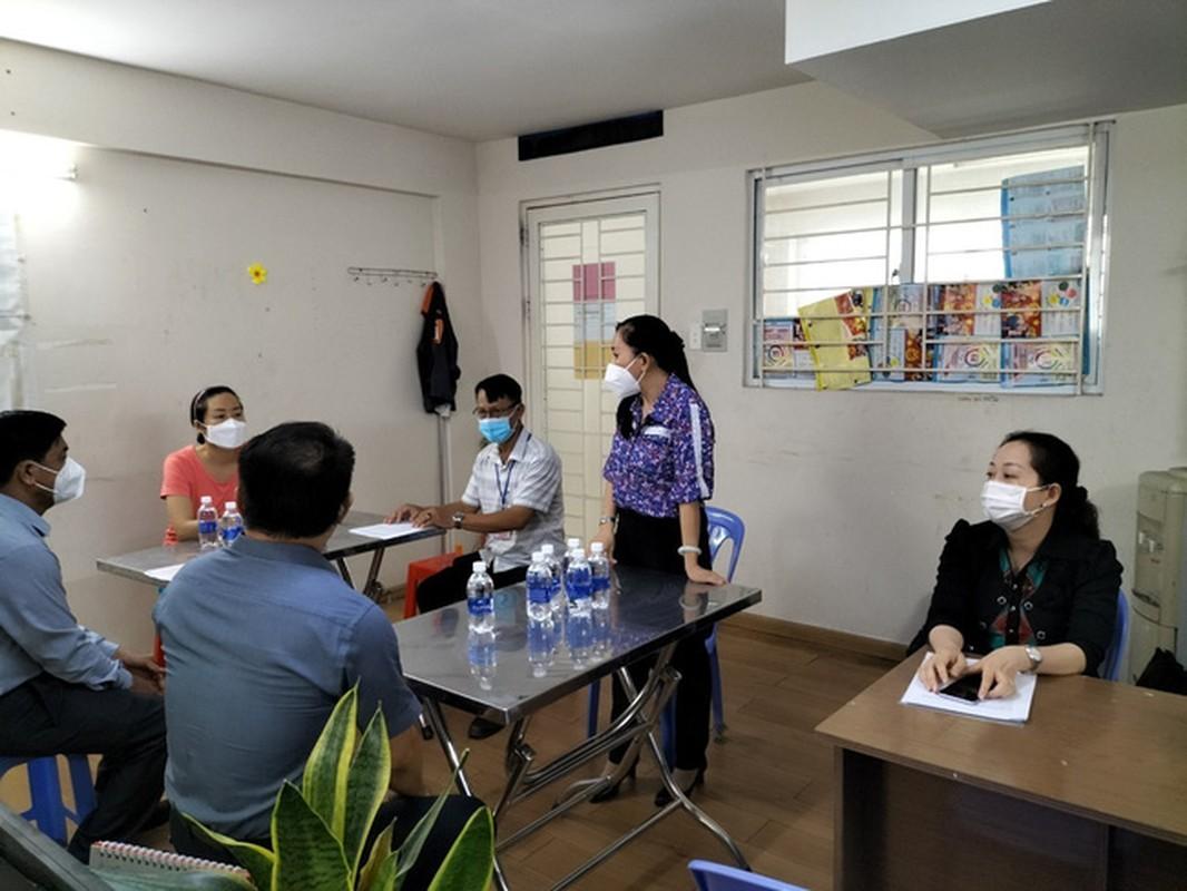 Cuong che xet nghiem COVID-19 o Binh Duong: Dan khong chap hanh… dang len an-Hinh-2