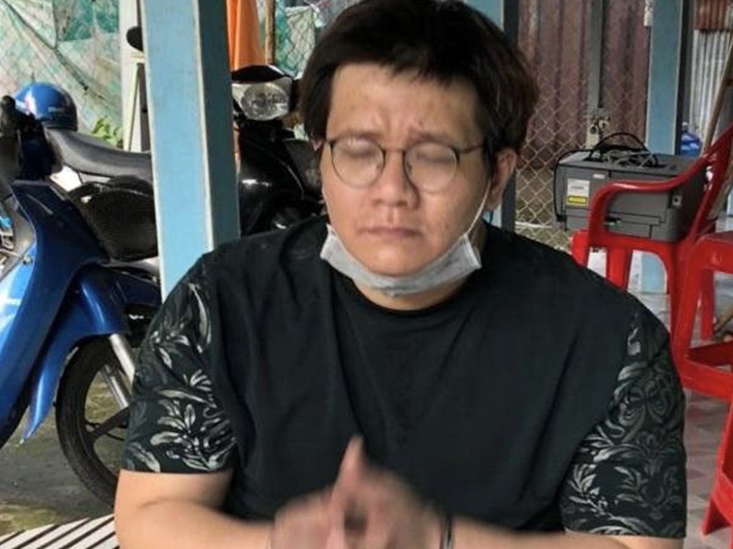 "Nham Hoang Khang: Tu ""nguoi hung"" phanh phui ngam tien tu thien den xo kham"