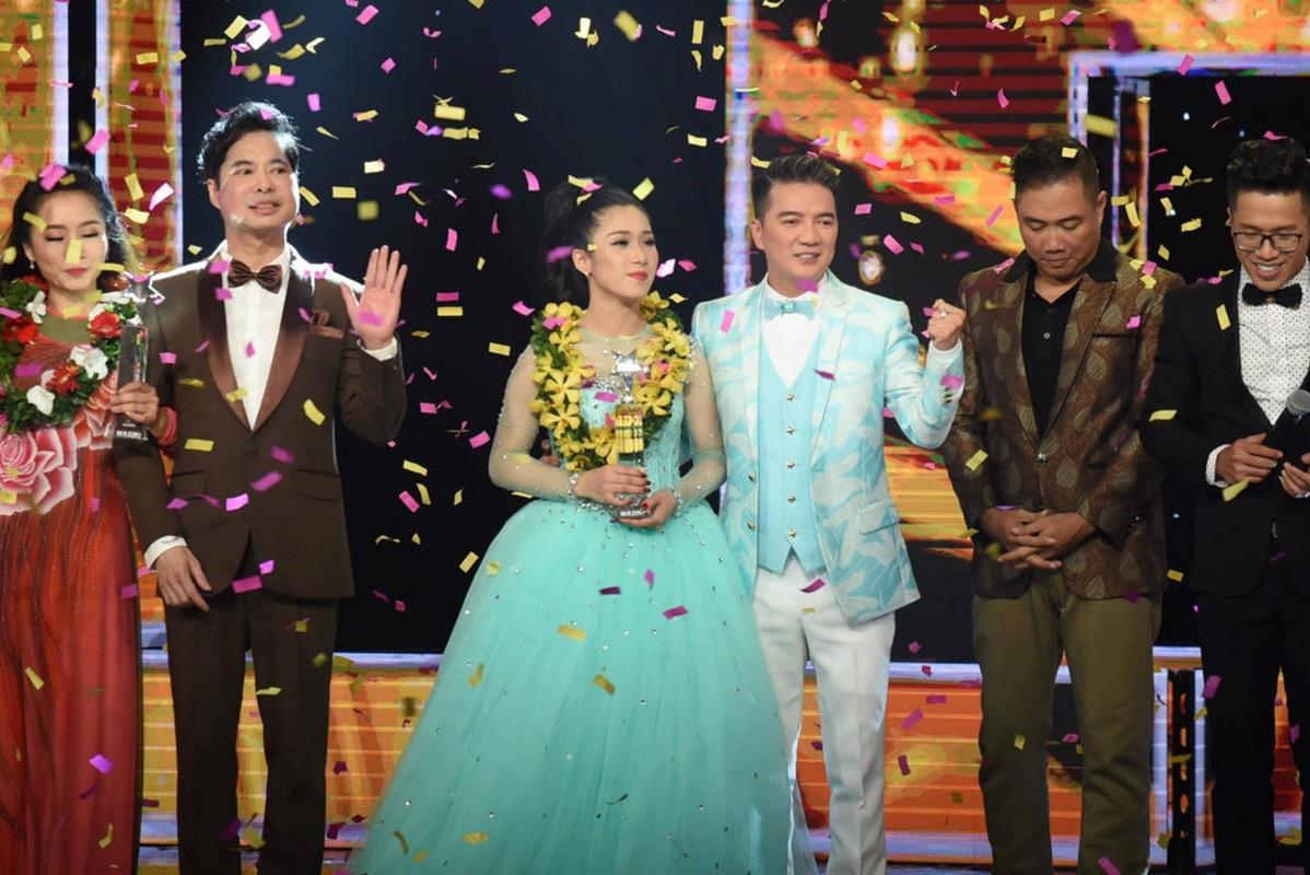 Hellen Thuy tro thanh quan quan Than tuong Bolero 2017-Hinh-2