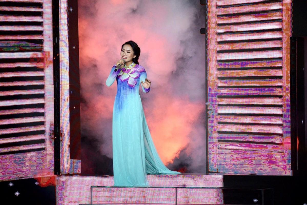 Hellen Thuy tro thanh quan quan Than tuong Bolero 2017-Hinh-5