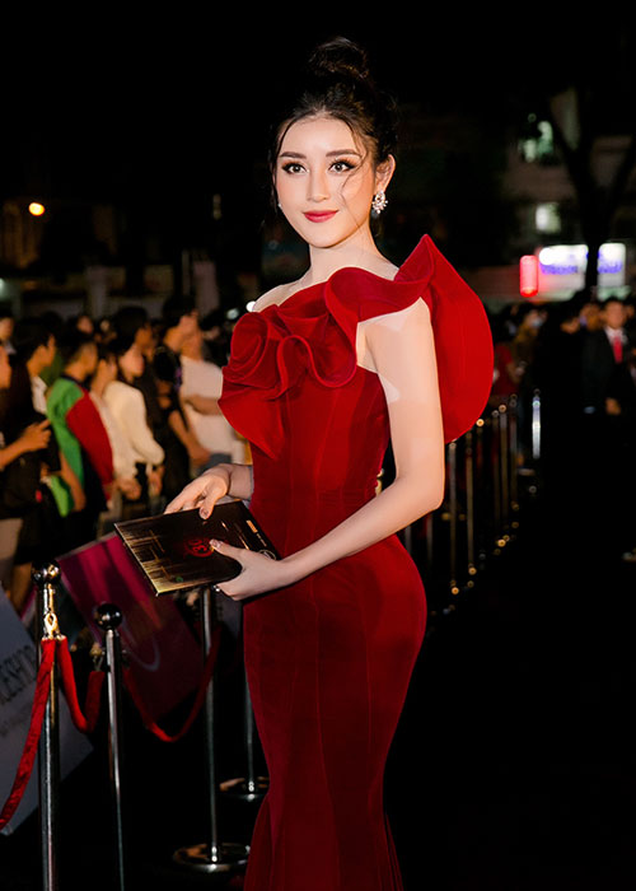 Khong chi Tran Tieu Vy, Do My Linh cung xinh ngut troi trong chung ket-Hinh-6