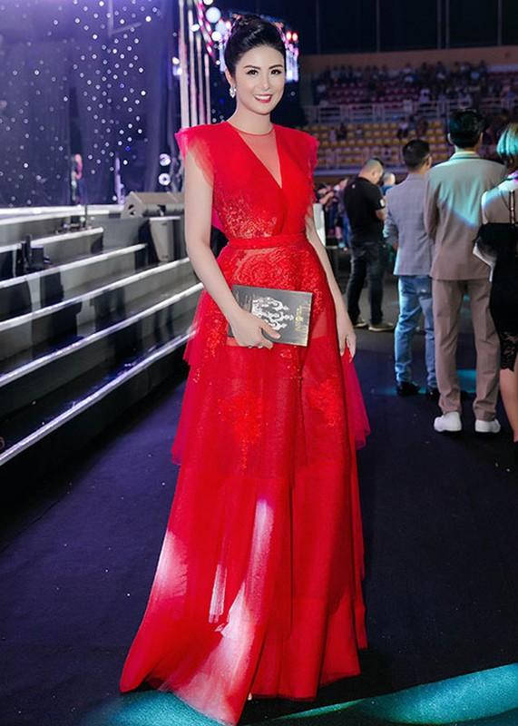 Khong chi Tran Tieu Vy, Do My Linh cung xinh ngut troi trong chung ket-Hinh-9