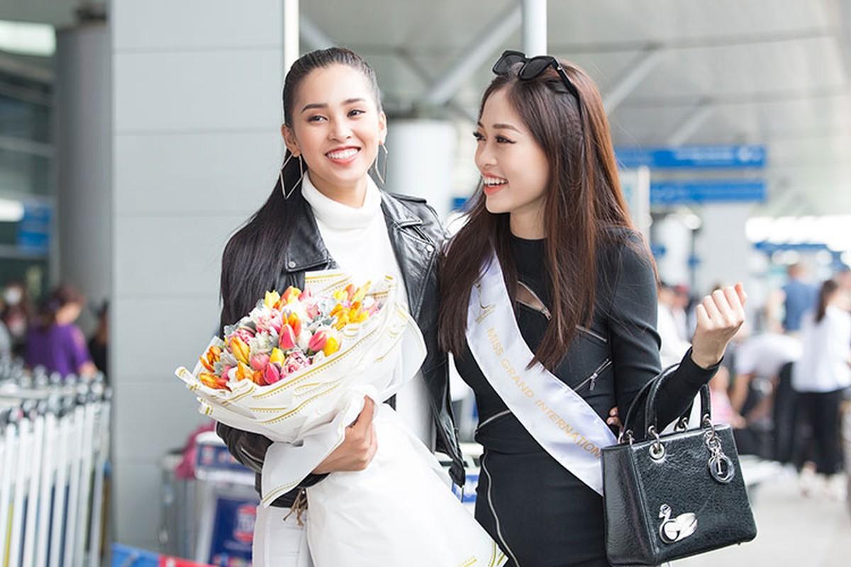 Hoa hau Tieu Vy tuoi roi tien Phuong Nga di thi quoc te-Hinh-4