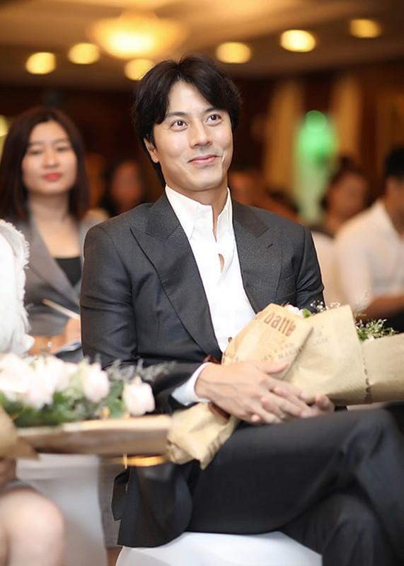 Ly Nha Ky bat mi ve Han Jae Suk khi dong chung phim-Hinh-6
