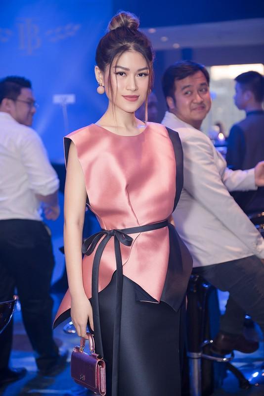 Ngoc Thanh Tam, Thanh Truc do ve quyen ru o su kien-Hinh-3