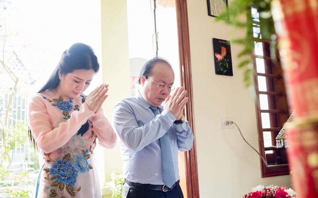 Anh dep le Hang Thuan cua Dinh Hien Anh va chong Thu truong-Hinh-10