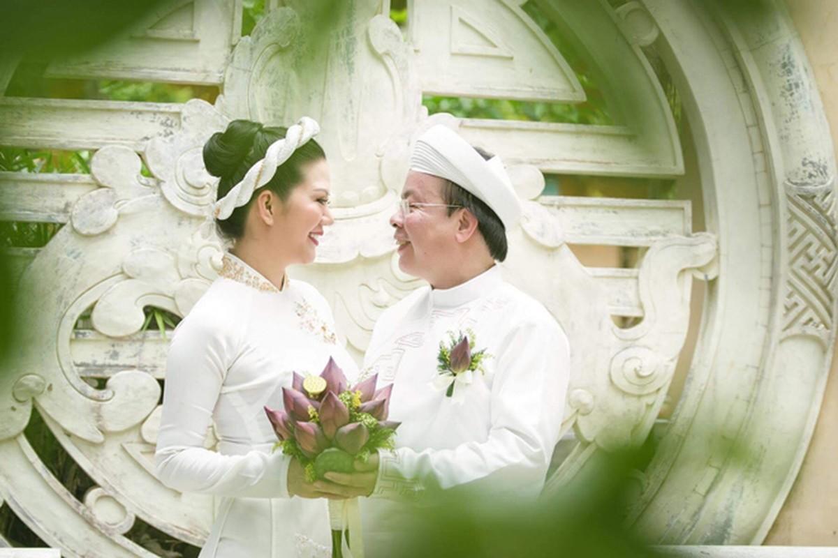 Anh dep le Hang Thuan cua Dinh Hien Anh va chong Thu truong-Hinh-2
