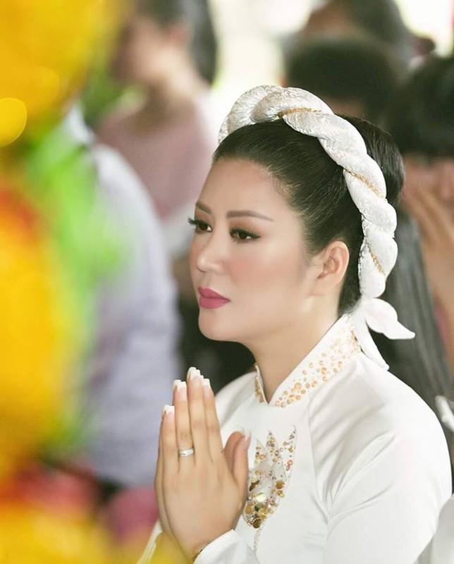 Anh dep le Hang Thuan cua Dinh Hien Anh va chong Thu truong-Hinh-3