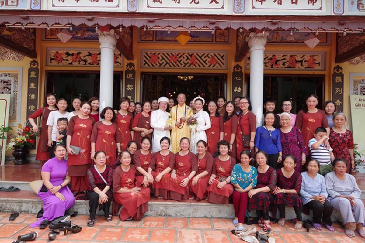 Anh dep le Hang Thuan cua Dinh Hien Anh va chong Thu truong-Hinh-7