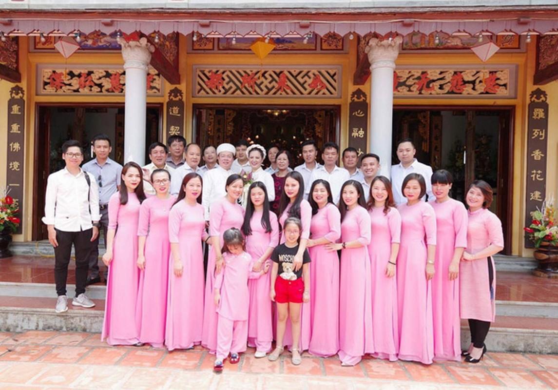 Anh dep le Hang Thuan cua Dinh Hien Anh va chong Thu truong-Hinh-8