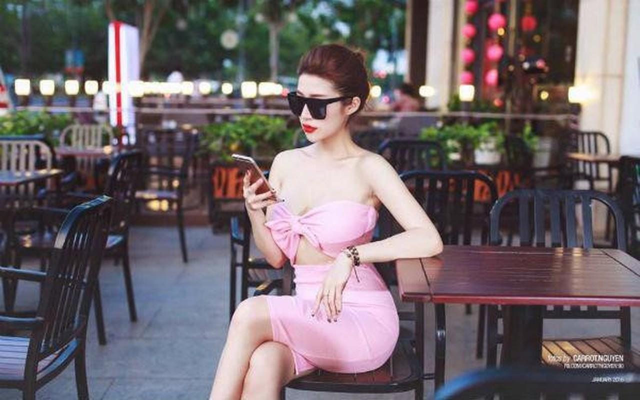 Soi duong tinh cua Huyen Lizzie va loat hot girl Viet doi dau-Hinh-5