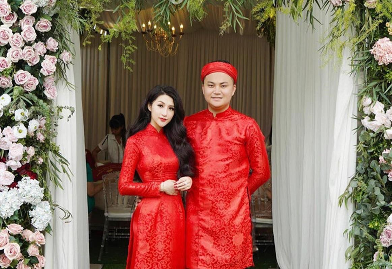 Soi duong tinh cua Huyen Lizzie va loat hot girl Viet doi dau-Hinh-6