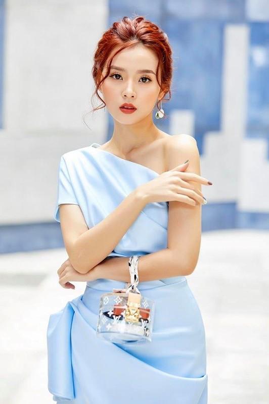 Soi duong tinh cua Huyen Lizzie va loat hot girl Viet doi dau-Hinh-9