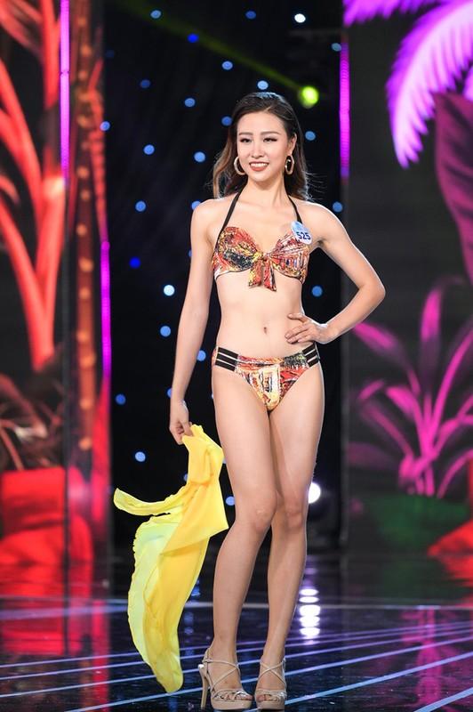 Thi sinh Miss World Viet Nam 2019 lo nhuoc diem khi dien ao tam-Hinh-7