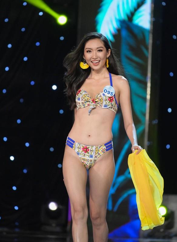 Thi sinh Miss World Viet Nam 2019 lo nhuoc diem khi dien ao tam
