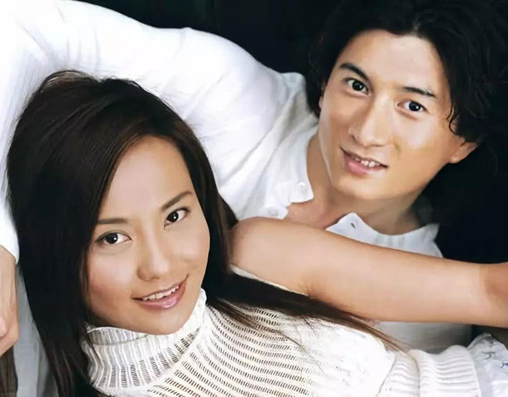 Dau chi Song - Song, loat sao dinh dam chau A cung ly hon chong vanh-Hinh-7