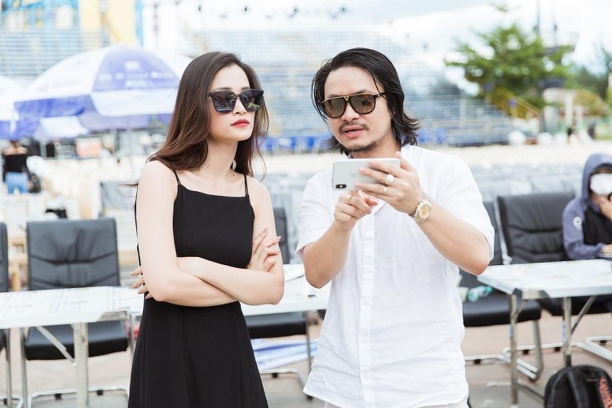 Le Quyen choi troi dien set do tien ty tong duyet Miss World Viet Nam-Hinh-5