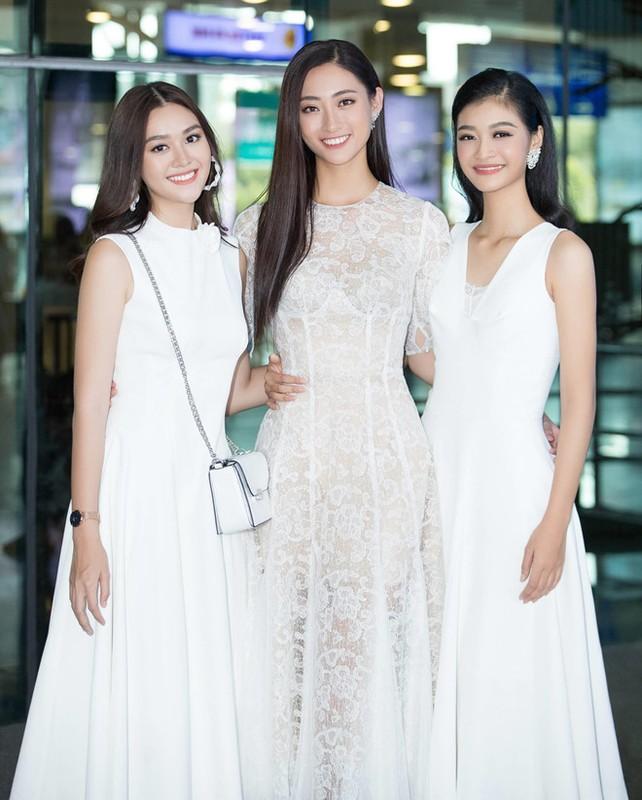 Luong Thuy Linh va hai a hau khoe nhan sac ngoi ngoi o san bay-Hinh-5