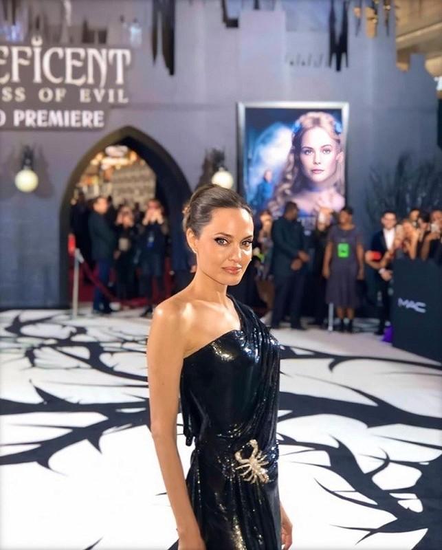 Angelina Jolie than thai ngut ngan khi xuat hien, dep nao long-Hinh-5