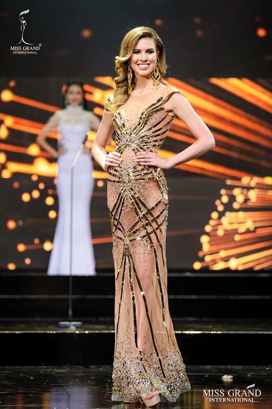 Ngam Top 10 trang phuc da hoi dep nhat Miss Grand International 2019-Hinh-11