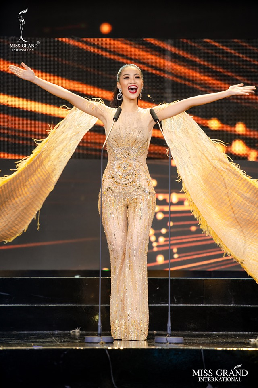 Ngam Top 10 trang phuc da hoi dep nhat Miss Grand International 2019-Hinh-4