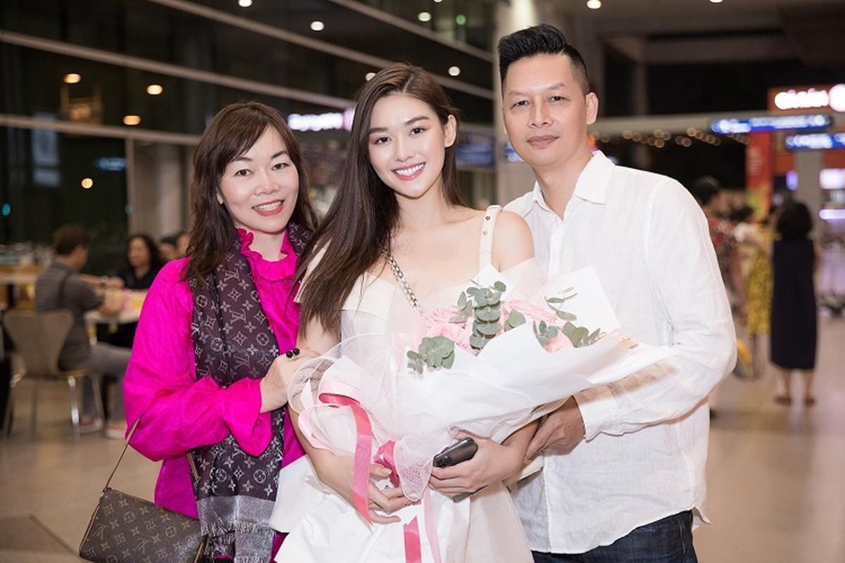 A hau Tuong San rang ro ve nuoc, nhi nhanh tao dang cung fan-Hinh-6