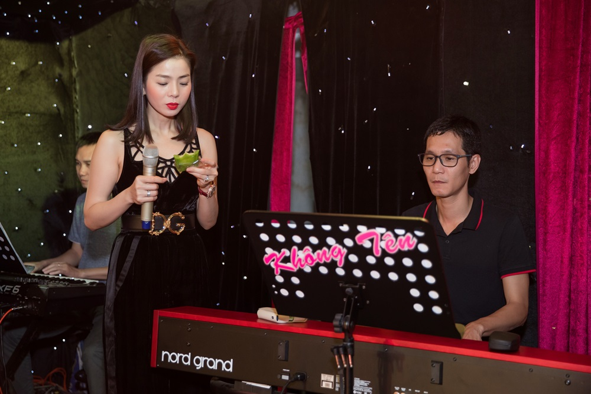 Le Quyen an uong dam bac bat ngo truoc liveshow 30 ty-Hinh-6