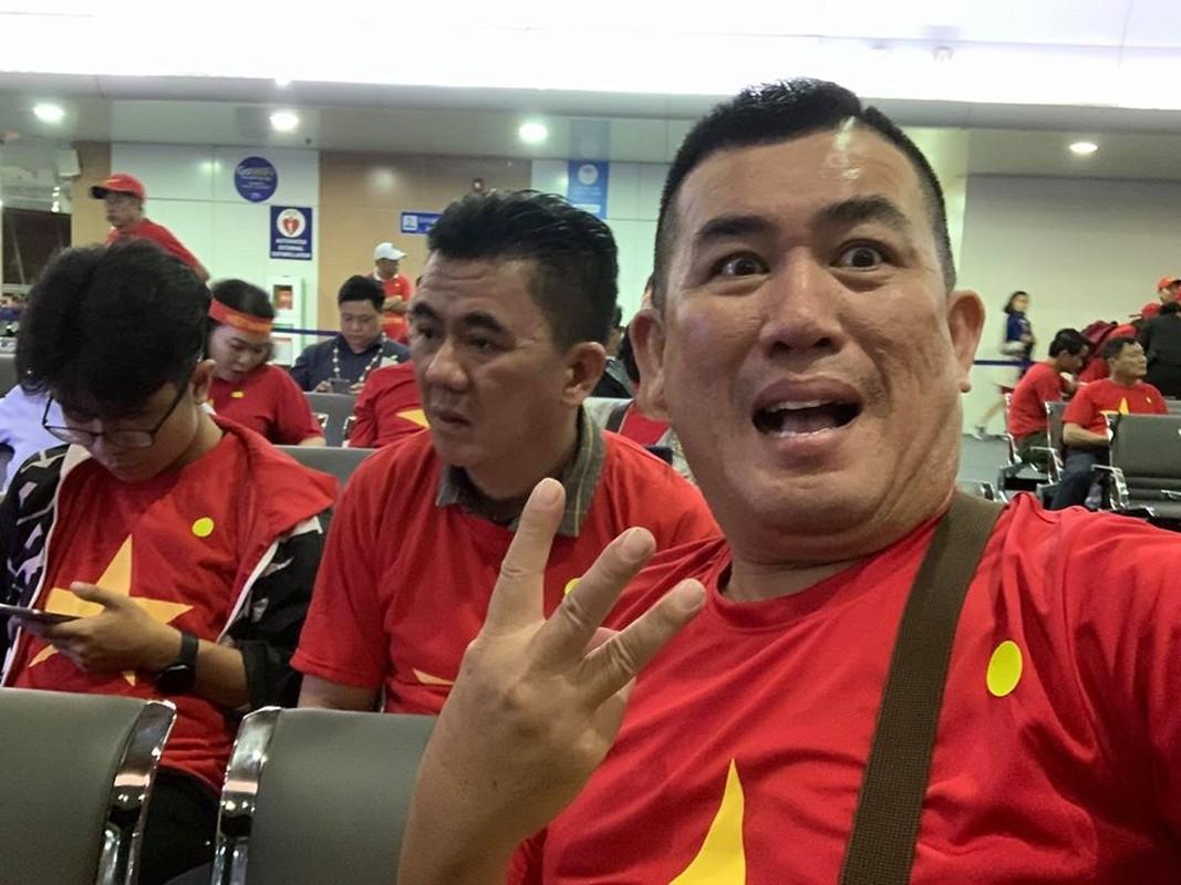 Phuong Thanh va vat o san bay Philippines van phan khich vi Viet Nam chien thang-Hinh-5