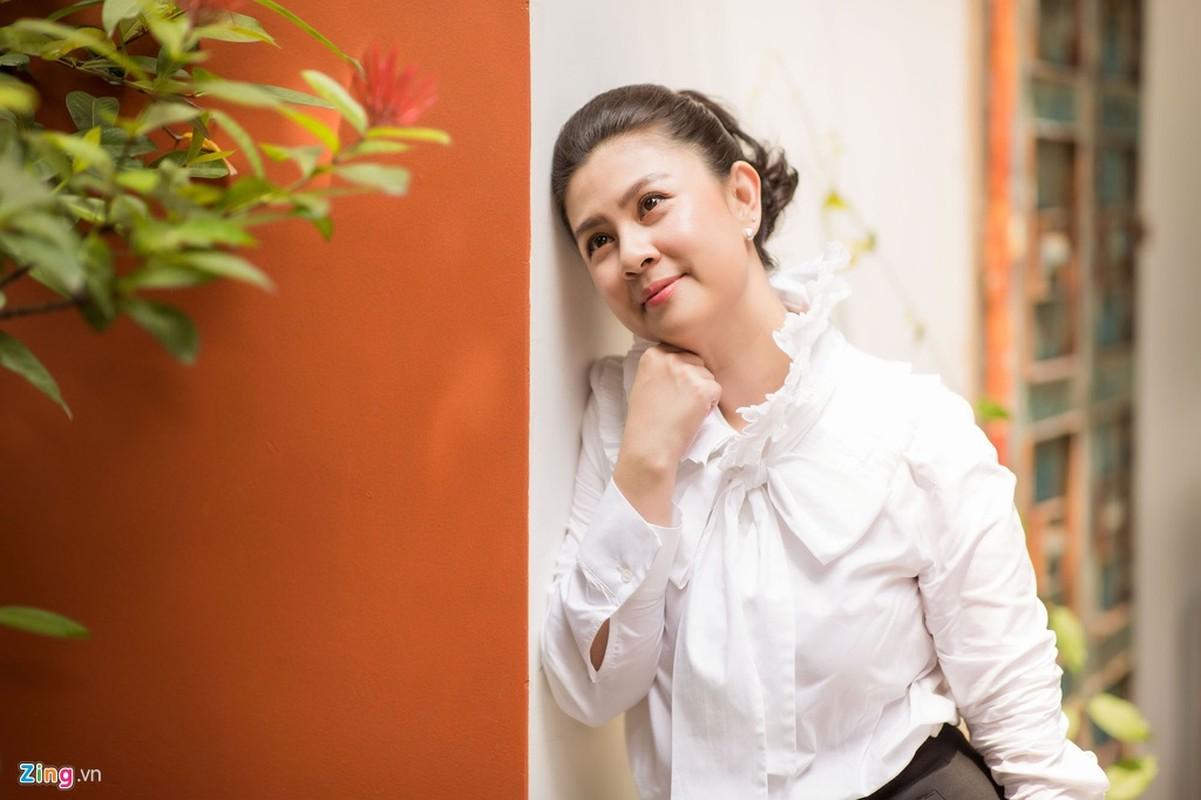 Kim Thu tiet lo cuoc song dam nuoc mat sau ly hon Phuoc Sang