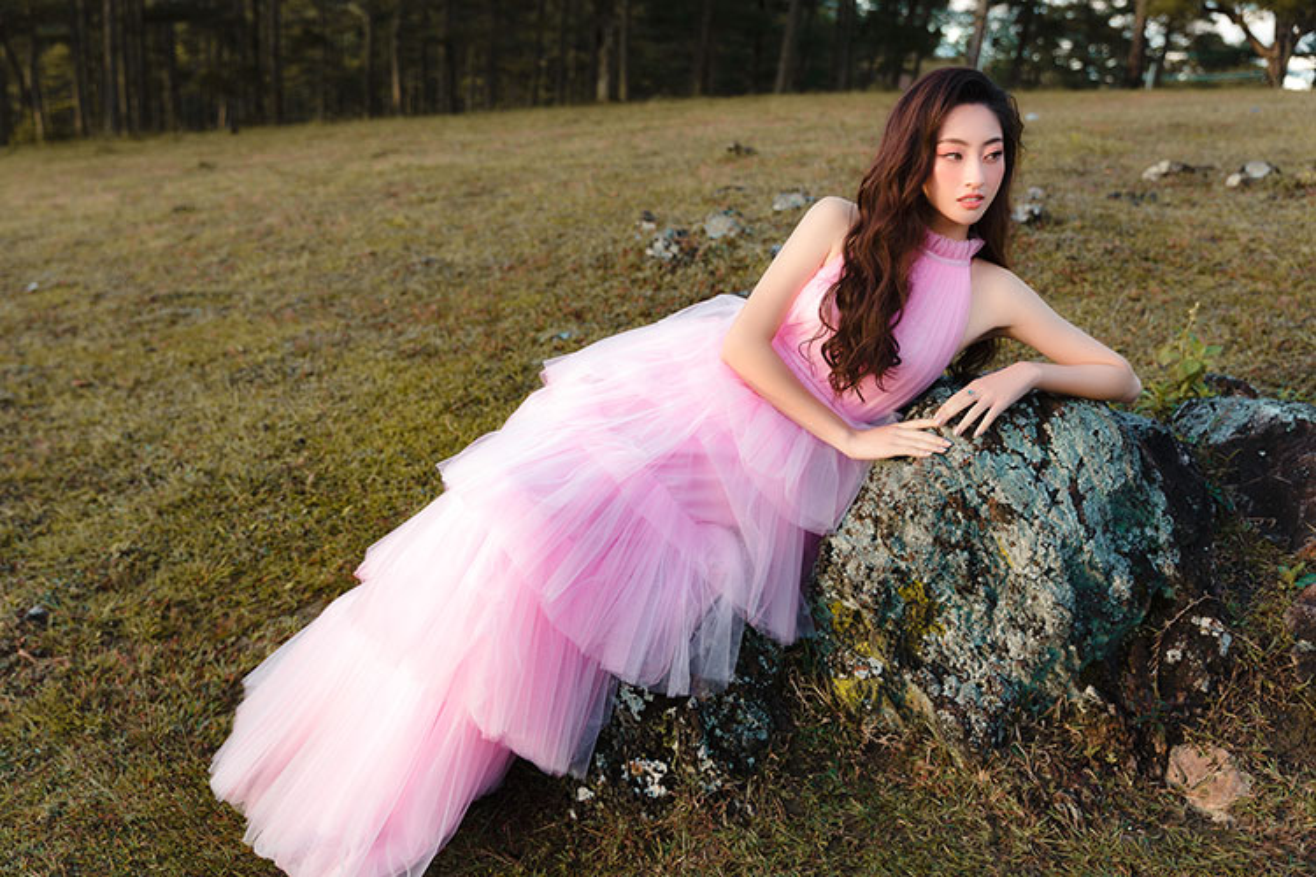 Do guc truoc nhan sac kieu diem cua Top 12 Hoa hau The gioi Luong Thuy Linh-Hinh-5