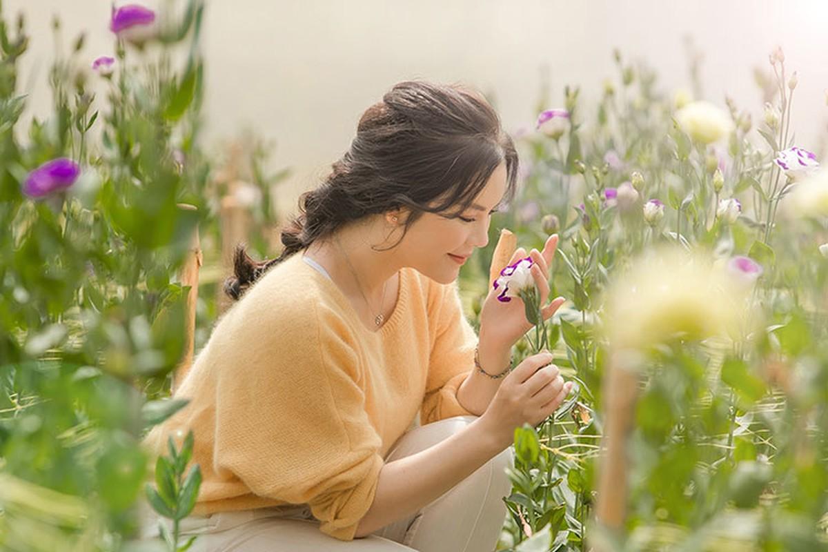 Ly Nha Ky dep nao long khi khoe anh hai hoa o Da Lat-Hinh-11