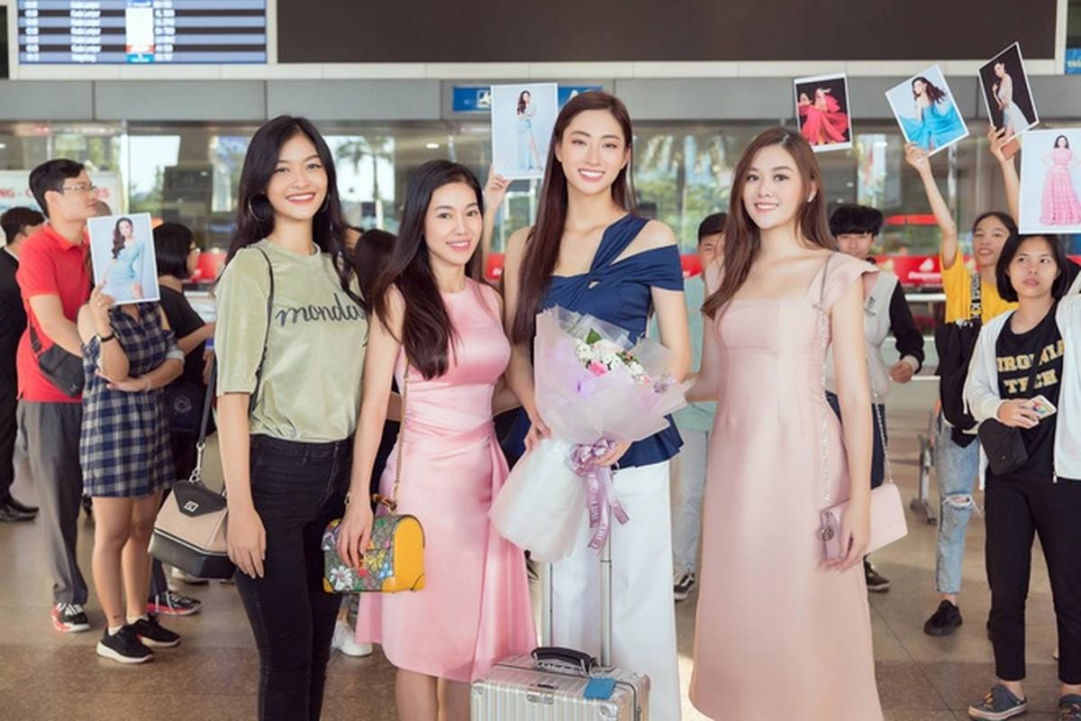 Luong Thuy Linh xinh boi phan ngay tro ve tu Miss World-Hinh-2