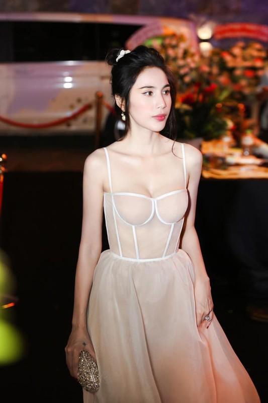 Thuy Tien bi che khong thuong tiec vi than hinh gay nhom-Hinh-5