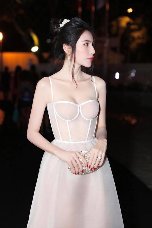 Thuy Tien bi che khong thuong tiec vi than hinh gay nhom-Hinh-6