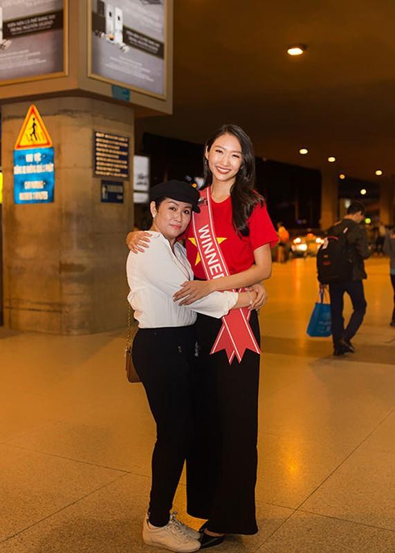 Thanh Khoa gian di ve nuoc sau dang quang Hoa hau Sinh vien The gioi 2019-Hinh-11