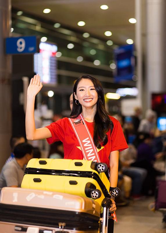 Thanh Khoa gian di ve nuoc sau dang quang Hoa hau Sinh vien The gioi 2019-Hinh-2