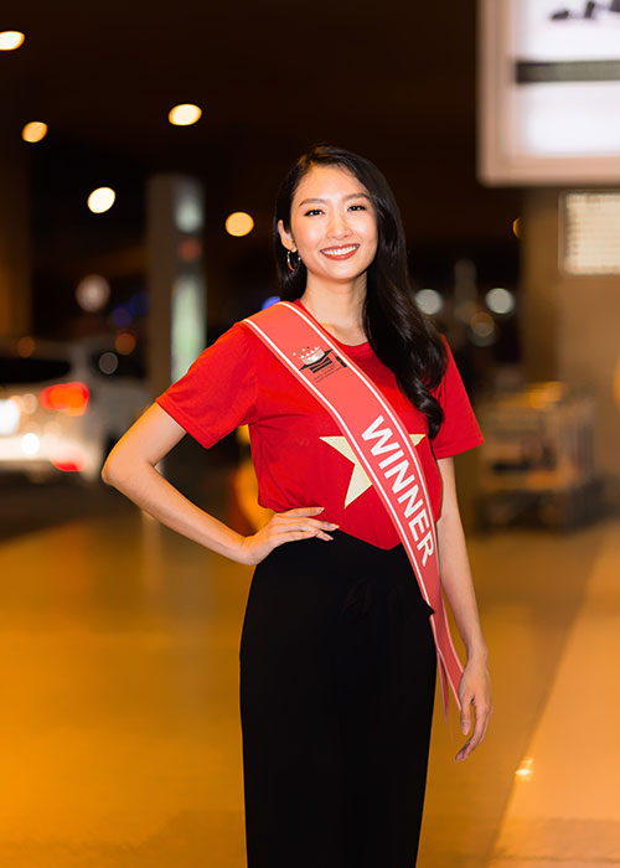 Thanh Khoa gian di ve nuoc sau dang quang Hoa hau Sinh vien The gioi 2019-Hinh-3